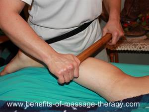 Hot bamboo massage for legs